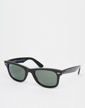 Ray-Ban Black Wayfarer Sunglasses