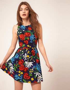http://images.asos.com/inv/media/4/3/2/4/1974234/print/image1xl.jpg