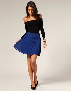 Motel Short Pleated Sally Skirt from us.asos.com