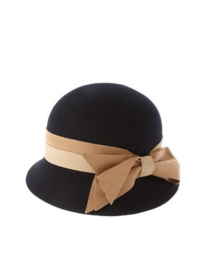 Image 2 ofRiver Island Cloche Hat With Bow